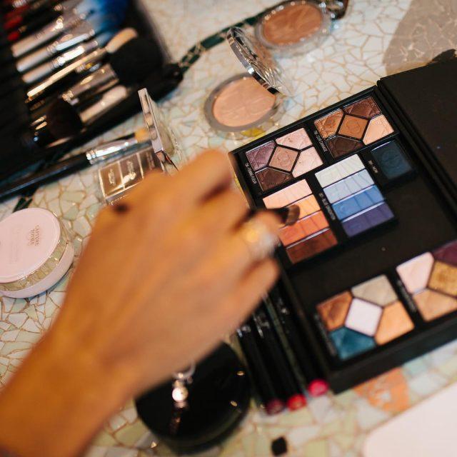 Colores apetecibles para un maquillaje de verano de la manohellip