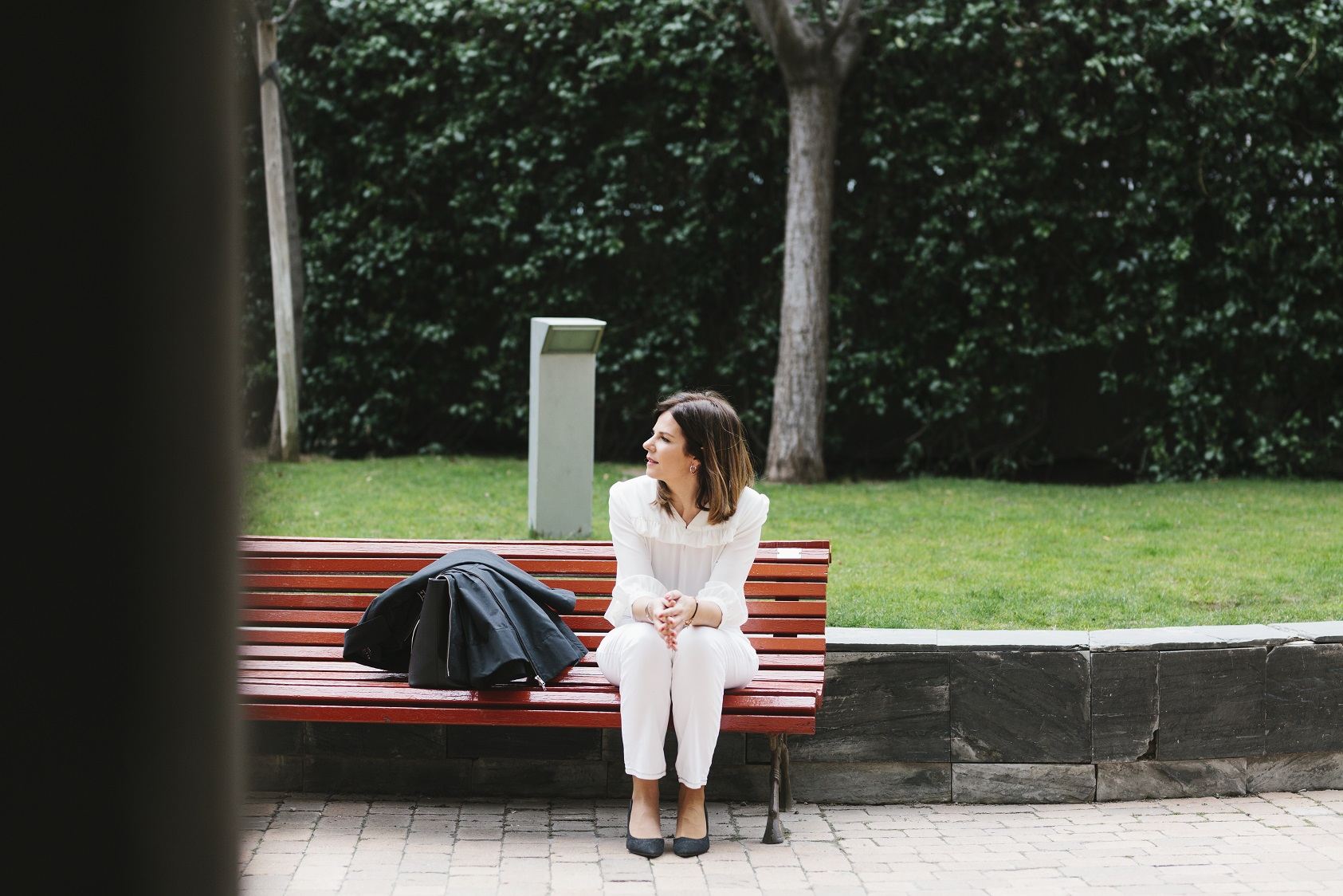 Blanco & negro y parka para un look otoñal